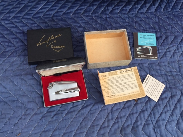 1950S RONSON VARAFLAME LIGHTER, BOX & PAPERS-img-0