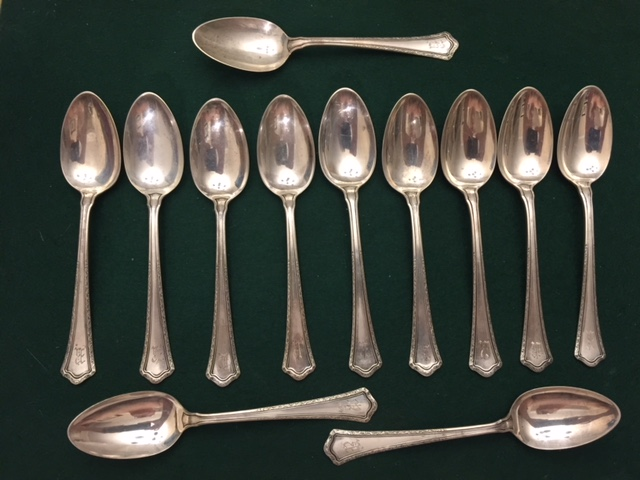 12 VINTAGE RM&S STERLING SILVER SPOONS, 265 Grams-img-0